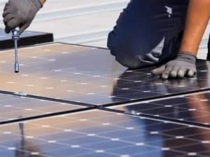 Fixing solar panels on a metal roof
