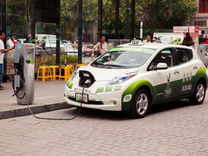 Nissan Leaf Solar Panels: Battery-Charging-Roof