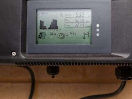 How to Bypass Solar Panel Regulator