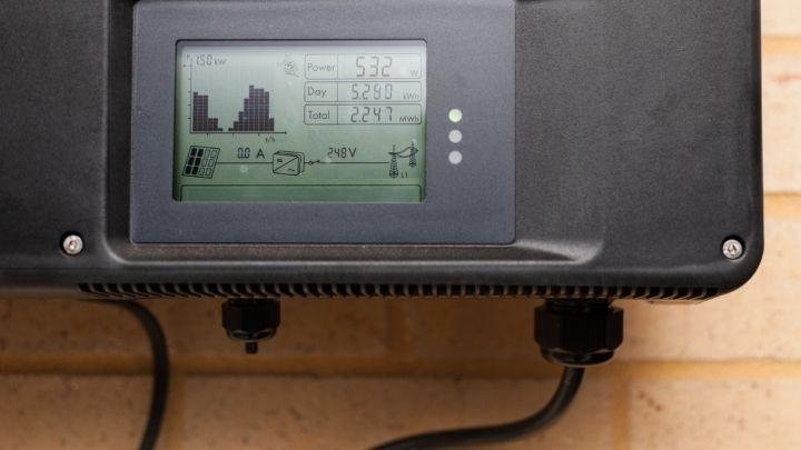 Solar panel power monitor regulator