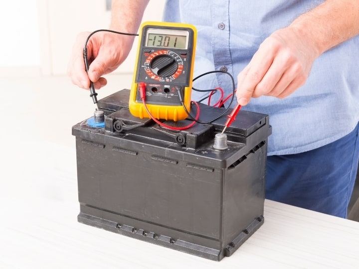 Car Battery Checking the voltage