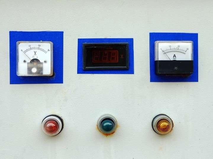Solar Panel Control Unit