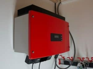 Red transformer for converting solar panels power into 230 Volt